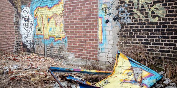 destructiv graffity removal